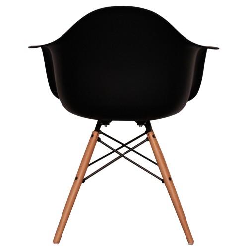 designstoel zwart met leuning en houten onderstel