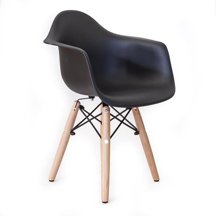 Namaak Design Stoelen.Eames Replica Kinderstoel Bestel Online Bij Design Stoelen Nl
